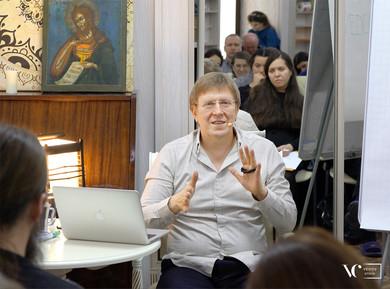 Доктор Ведов на семинаре по Магнетизму денег!