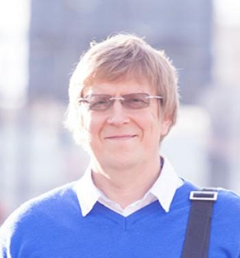 DR. JURIJ VEDOV