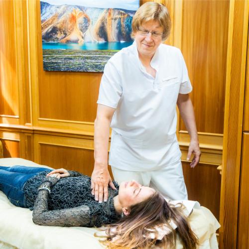 Доктор Ведов проводит психологическую саморегуляцию