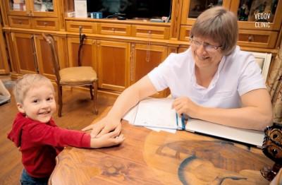 Доктор Ведов определяет способности ребенка